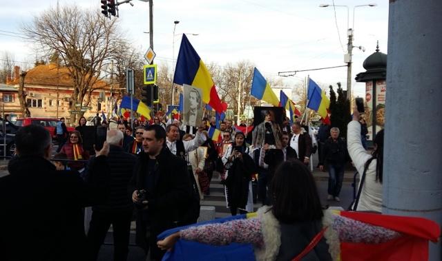 Miting la București